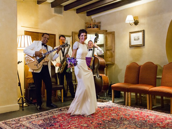 Ritz Trio serenade the bride at the Horshoe Inn Eddleston, Peebles