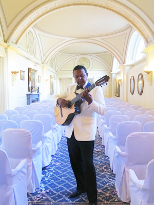 Marcus Ford performing at a wedding ceremony at Balbirnie House. Background wedding entertainment Scotland
