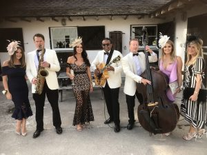 Logie Country house wedding guests with the Ritz Trio