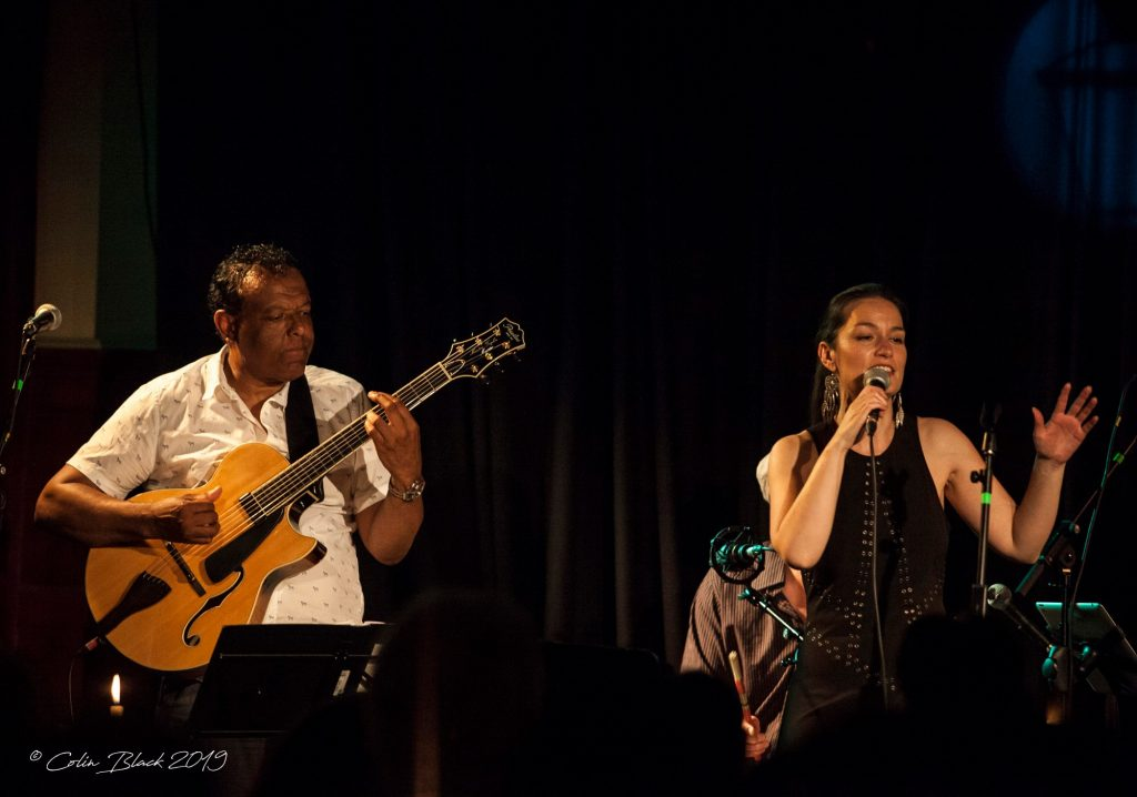 Marcus Ford Guitarist performing with Niki King vocalist